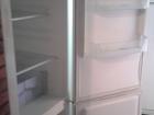 Фотография в Бытовая техника и электроника Холодильники Отличный, высокий, вместительный холодильник. в Новосибирске 12600