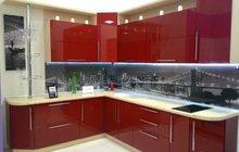Кухонный гарнитур с выставки красная