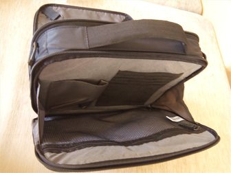 Скачать foto Аксессуары сумка новая case logik новая универсальная 10 дюймов 32888211 в Новосибирске