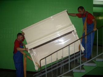 Свежее изображение Транспортные грузоперевозки Грузчики переезд упаковка мебели транспорт 51330402 в Новосибирске