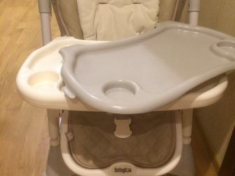 Комфортное сиденье из эко-кожи с мягким текстильным вкладышем и ремнями безопасности,  Приобретали новый в «Детском мире»    - регулируется спинка сиденья - регулируется в Новосибирске