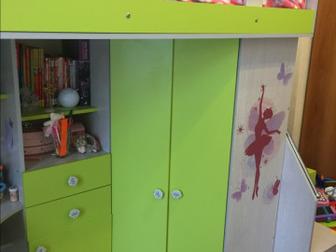 Продам детский уголок «Незнайка», хорошее состояние,  С матрасом 12000, без матраса 11000,  Очень компактный уголок, большой шкаф для вещей, огромное спальное место в Новосибирске