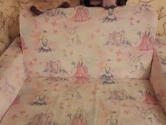 Детский диван для девочки,  Хорошо подойдёт для дачи, в Новосибирске