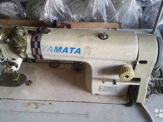 Машина продаётся в комплекте с двигателем и столом,  Машинки на 220в, Прямострочная машина YAMATA, челночного стежка для легких и средних материалов, Надежные швейные в Новосибирске