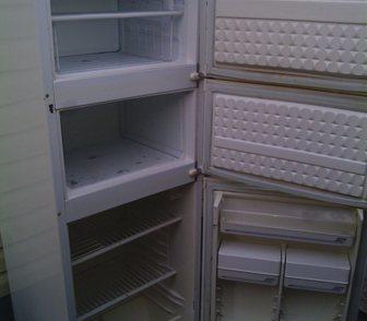 Фото в Бытовая техника и электроника Холодильники Купим и вывезем любые советские и современные в Новосибирске 10000