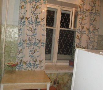 Фотография в   Квартира в жилом состоянии, балкон застеклен. в Новосибирске 1550000