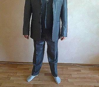 Фотография в Одежда и обувь, аксессуары Мужская одежда Новый элитный, мужской костюм-тройка, блестящего в Новосибирске 10000