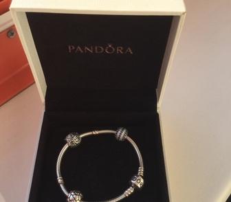 Фотография в   Продаю оригинальный серебряный браслет Pandora в Новосибирске 6000
