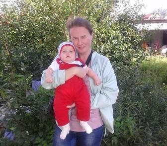 Фото в Услуги компаний и частных лиц Услуги няни, гувернантки Посижу с Вашим малышом у себя дома в выходные в Новосибирске 0