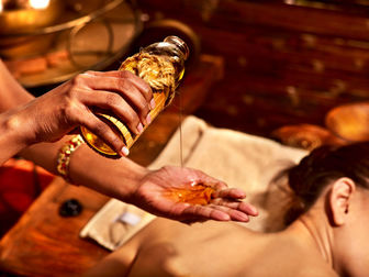 Скачать бесплатно foto  Аювердический массаж, Вакуумная терапия 37821944 в Перми