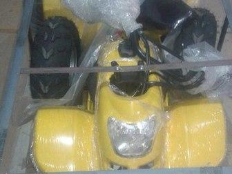Скачать бесплатно фотографию Квадроциклы Аналог Grizzly 110cc, мощный, новый, от 4-5 лет и старше, Новые, в наличии, 38203752 в Перми