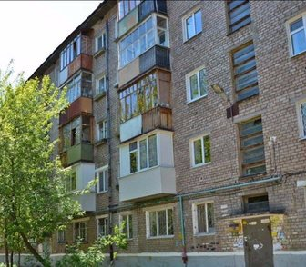 Фото в Недвижимость Продажа квартир Срочно продам 2-комнатную квартиру, 46 кв. в Перми 1950000