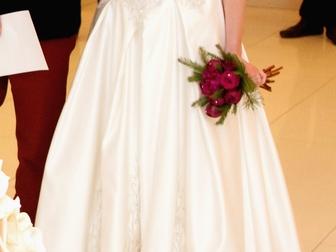 Свежее изображение  Продам красивое и нежное свадебное платье 33949815 в Петрозаводске