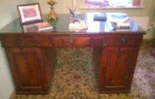 Старинный профессорский, кабинетный, письменный стол