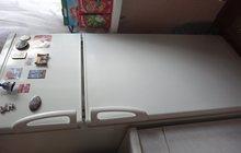 Холодильник бытовой двухкамерный б/у