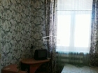 Комната площадью 18 кв.м. после ремонта обои в светлых тонах