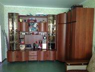 Продам угловую модульную стенку-шкаф (б/у) Продаю модульную стенку, состоящую из