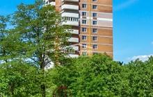 Продается четырехкомнатная двухуровневая квартира на Ленина.