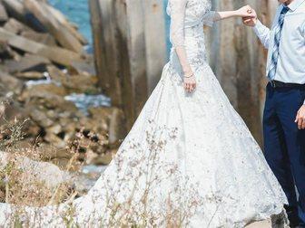 Уникальное фотографию Свадебные платья Костюм свадебный, в подарок галстук 33022450 в Ростове-на-Дону