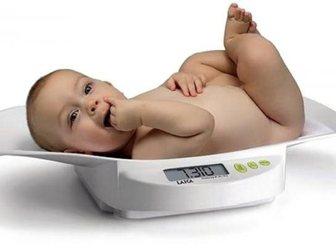Смотреть фото Товары для новорожденных Детские электронные весы напрокат 33847002 в Ростове-на-Дону
