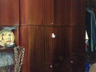 Увидеть фото Отдам даром - приму в дар отдам даром мебельную стенку 34524470 в Ростове-на-Дону