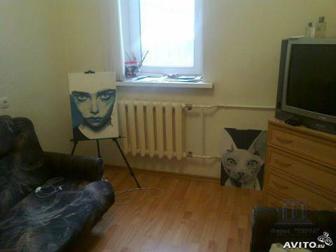 Центр города, Буденовский , Комсомольская площадь,  Продается комната в центре города, в очень хорошем доме,  Находится комната на 5/5 кирпичного дома, S- 11 м2, в Ростове-на-Дону