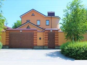 Дом кирпичный, находится в отличном месте в центральной части города,  Общая площадь дома составляет 405 м2,  Дом возведен на основе авторского проекта, построен в Ростове-на-Дону