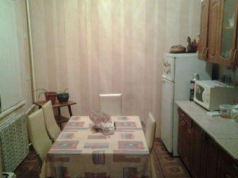 Великолепный частный дом очень крепкий и добротный, со временем становится только выносливее и крепче, высокий фундамент, подвал под всю площадь дома, все ухожено в Ростове-на-Дону