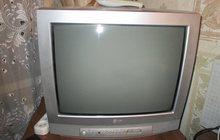 Телевизор LG цветной - 54 см