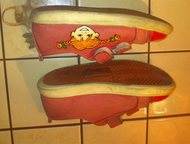 Кеды кожаные Размер: 26  Продаются кеды для девочки шведской фирмы Kavat.     Сн
