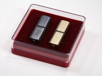 Скачать бесплатно фотографию  Пластиковые футляры для значков медалей флешек 34858590 в Санкт-Петербурге