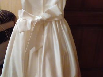 Скачать foto  продаю платье для девочки праздничное 39049956 в Саранске