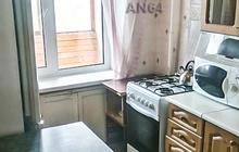 3-комнатная квартира с ремонтом, в кирпичном доме на Соколовой