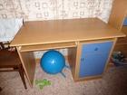 Фотография в Мебель и интерьер Мебель для спальни Срочно детский компьютерный стол в Шахты 5000
