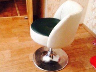 Как стул сделать не крутящимся 436
