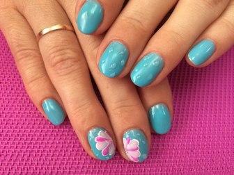 Смотреть foto  Наращивание ногтей, покрытие шеллаком, маникюр 40059061 в Томске