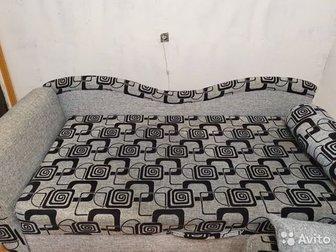 Продаю срочно,в связи с ремонтом,  Размер спального места 90*200 см,  Пружинный блок,  Вместительный ящик для белья, в Волхове