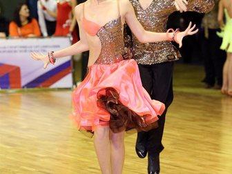 Просмотреть фотографию Поиск партнеров по спорту Ищем целеустремленного партнера по спортивно-бальным танцам от сильного D до С класса, 34055320 в Воронеже